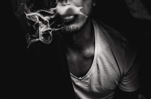 Il fumo è un male per i capelli